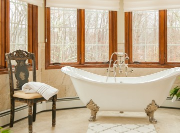 MNReale_Home_Slider_2_luxurious_bath