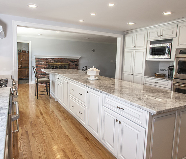 Before & After: Open Concept Kitchen / Living Space